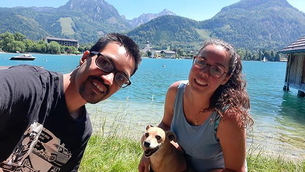 Lisane Andrade, Cadu de Castro Alves e Bingo passeando pela Áustria